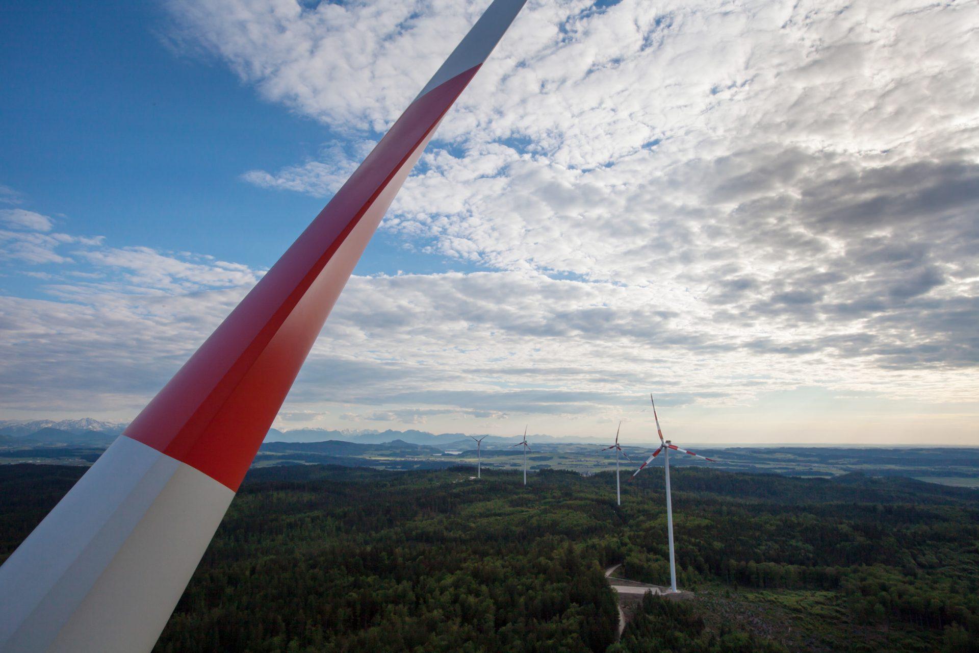 Dieses Bild zeigt den Windpark Munderfing.