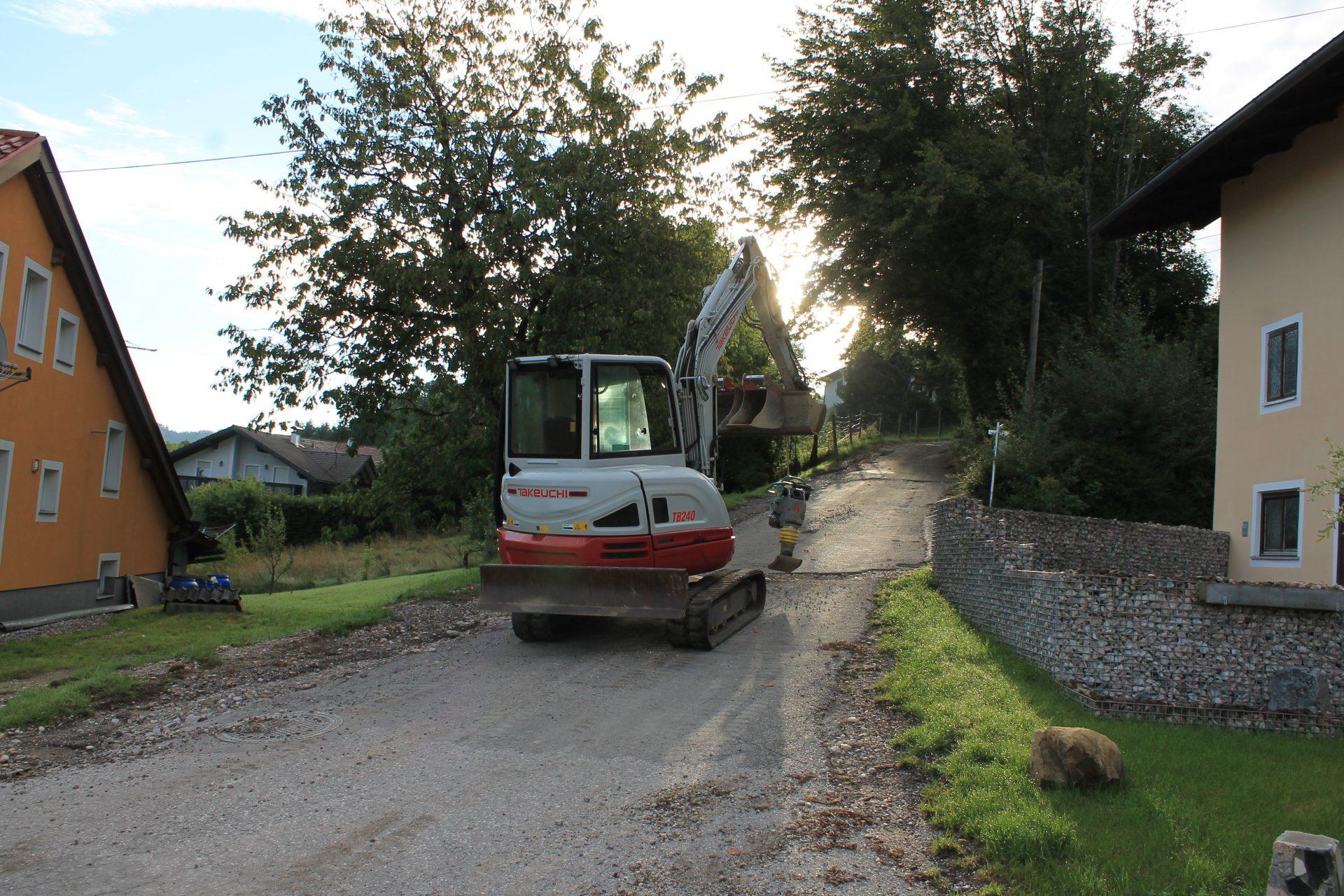 Dieses Bild zeigt die Bauarbeiten im Rahmen der Straßensanierung in Spreitzenberg.